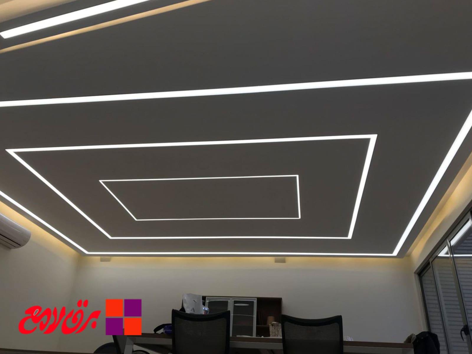 پروژه نورپردازی   طراحی نورپردازی   نورپردازی گالری   شرکت نورپردازی   چراغ ریلی   نورپردازی آتلیه