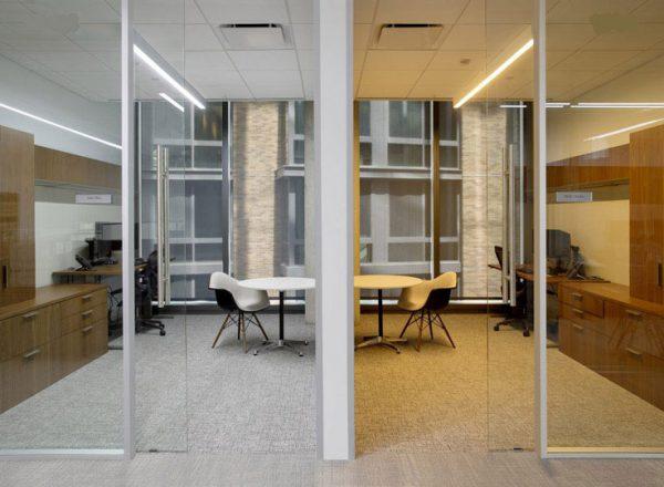 چراغ خطی دفتر کار | چراغ خطی | نور خطی | شرح استفاده از نور خطی در یک پروژه مسکونی | چراغ های خطی | ایده نورپردازی خطی